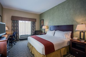 Room - Holiday Inn Express Hotel & Suites Niles