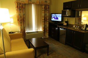 Room - Holiday Inn Express Hotel & Suites Perry