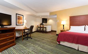 Suite - Holiday Inn Wilmington