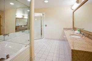 - Holiday Inn Express Hotel & Suites Cedar Rapids