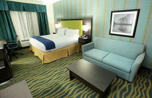 Room - Holiday Inn Express Hotel & Suites Southport