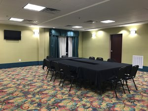 Meeting Facilities - Holiday Inn Express Hotel & Suites Southport