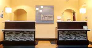 Lobby - Holiday Inn Express Hotel & Suites Southport