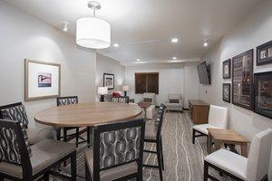 Lobby - Staybridge Suites Rushmore Rapid City
