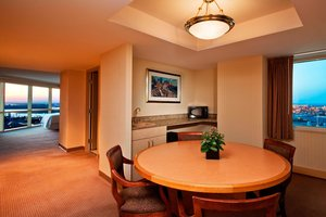 Suite - Sheraton Convention Center Hotel Atlantic City