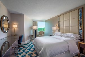 Room - Sheraton Crossroads Hotel Mahwah