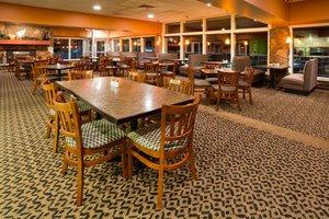 Restaurant - Holiday Inn Detroit Lakes
