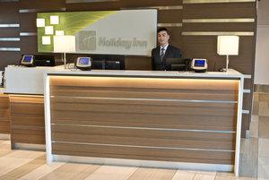 Lobby - Holiday Inn Airport Vancouver Richmond