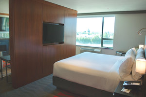 Suite - Holiday Inn Airport Vancouver Richmond