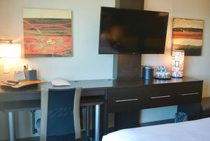 - Holiday Inn Airport Vancouver Richmond