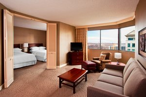 Room - Sheraton Suites Wilmington