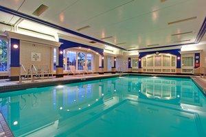 Pool - Holiday Inn MacLeod Trail Calgary