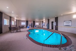 Pool - Staybridge Suites Longview