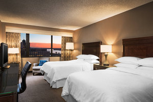 Room - Sheraton Hotel Downtown Memphis