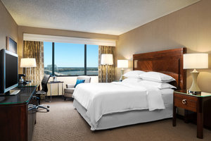 Room - Sheraton Hotel Downtown Memphis
