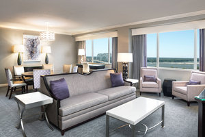Suite - Sheraton Hotel Downtown Memphis