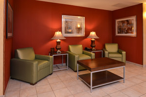 Lobby - Holiday Inn Express Hotel & Suites Lititz