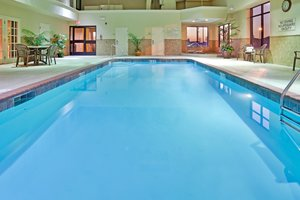 Pool - Holiday Inn Express Hotel & Suites Cape Girardeau