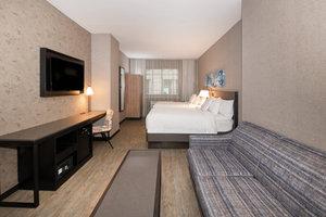 Suite - Fairfield Inn & Suites by Marriott Financial District New York