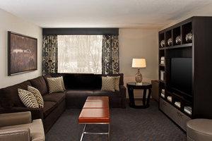 Suite - Sheraton Hotel Minnetonka