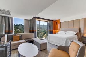 Suite - Sheraton Universal Hotel Universal City