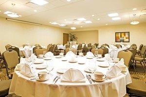 Ballroom - Holiday Inn Battle Creek