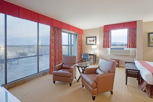 Suite - Holiday Inn Hotel & Conference Center Dedham