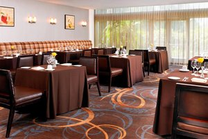 Restaurant - Sheraton Hotel Airport Ontario