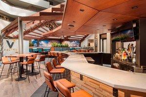 Restaurant - Sheraton Suites Airport Philadelphia