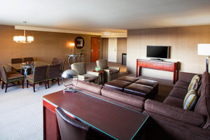 Suite - Sheraton Pittsburgh Airport Hotel Coraopolis