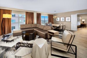 Suite - Sheraton Hotel Capitol Center Raleigh