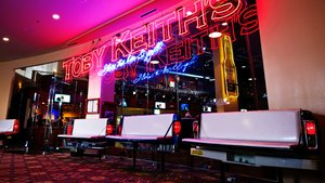 Restaurant - Hard Rock Hotel & Casino Tulsa Catoosa