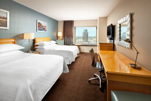 Room - Sheraton Grand Hotel Sacramento