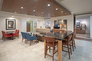 Restaurant - Holiday Inn Express Longmont