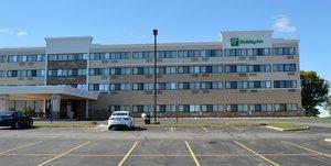 Exterior view - Holiday Inn Big Rapids