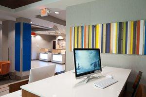 proam - Holiday Inn Express Hotel & Suites Scott