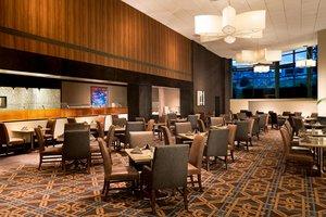 Restaurant - Sheraton Stamford Hotel