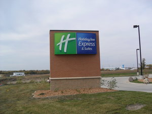 Exterior view - Holiday Inn Express Hotel & Suites Urbandale