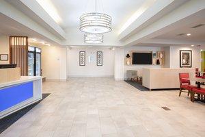 Lobby - Holiday Inn Express Longmont