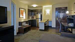 Room - Staybridge Suites West Chester