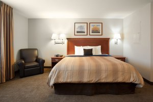 Room - Candlewood Suites Parachute