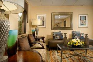 Lobby - Holiday Inn Express Arlington Blvd Fairfax