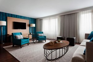 Suite - Marriott Hotel Downtown Des Moines