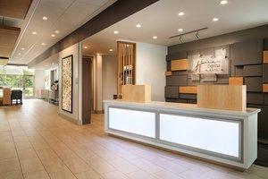 Lobby - Holiday Inn Express Downtown Columbus