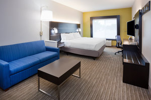 Suite - Holiday Inn Express Hotel & Suites Dickinson