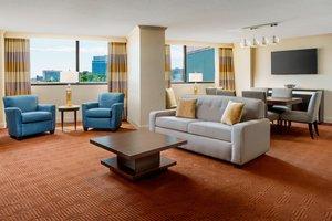 Suite - Sheraton Hotel North Towson