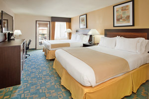 Room - Holiday Inn Express Hotel & Suites MO 76 Central Branson