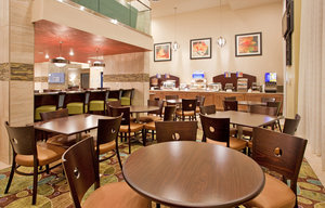 Restaurant - Holiday Inn Express Hotel & Suites MO 76 Central Branson