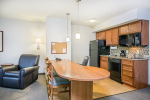 Suite - Candlewood Suites Cranberry Township