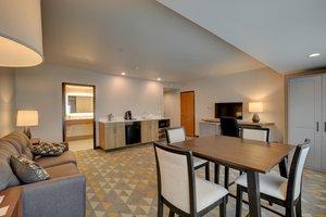 Suite - Holiday Inn Salem